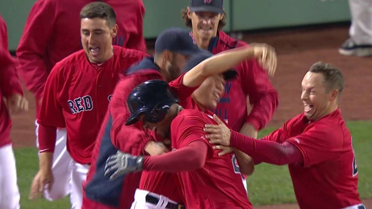 Bogaerts' patience paying dividends at plate