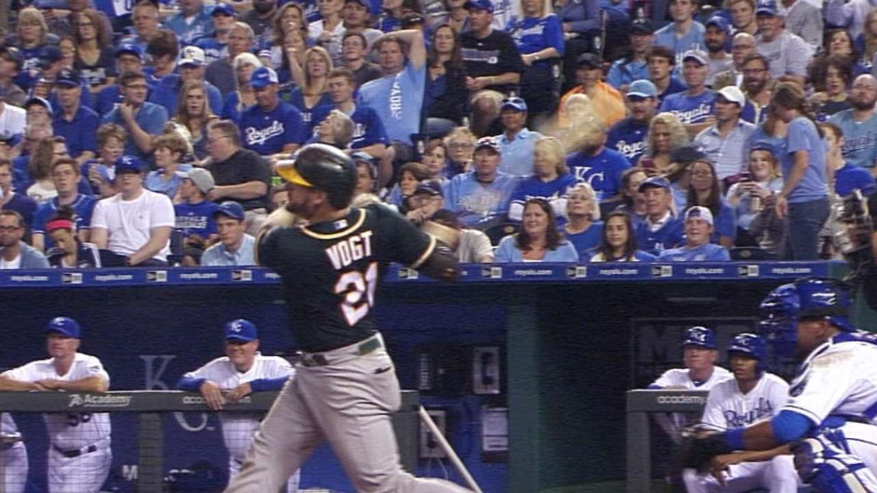 Vogt's two homers not enough to lift A's past Royals