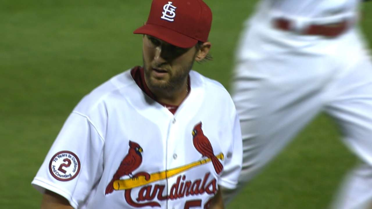Wacha changes up approach to keep Reds off balance
