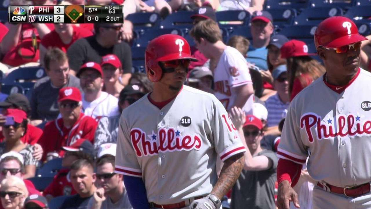 Galvis' broken-bat RBI single