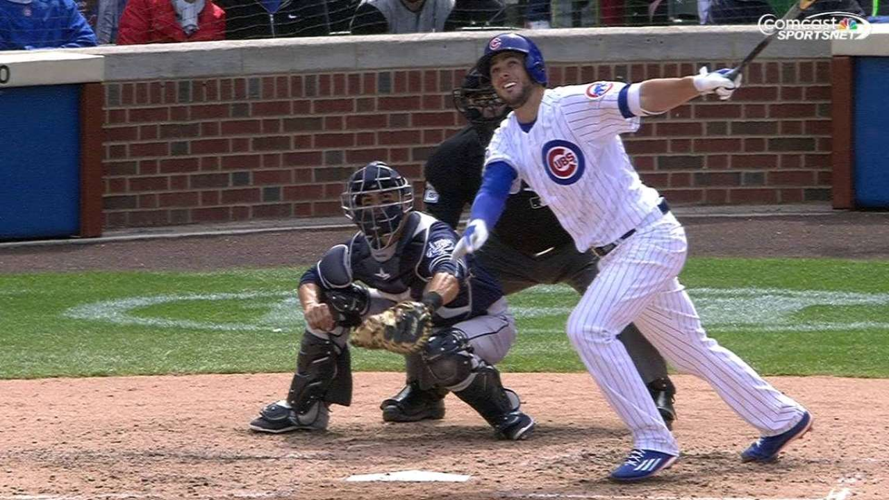 Bryant's first MLB hit