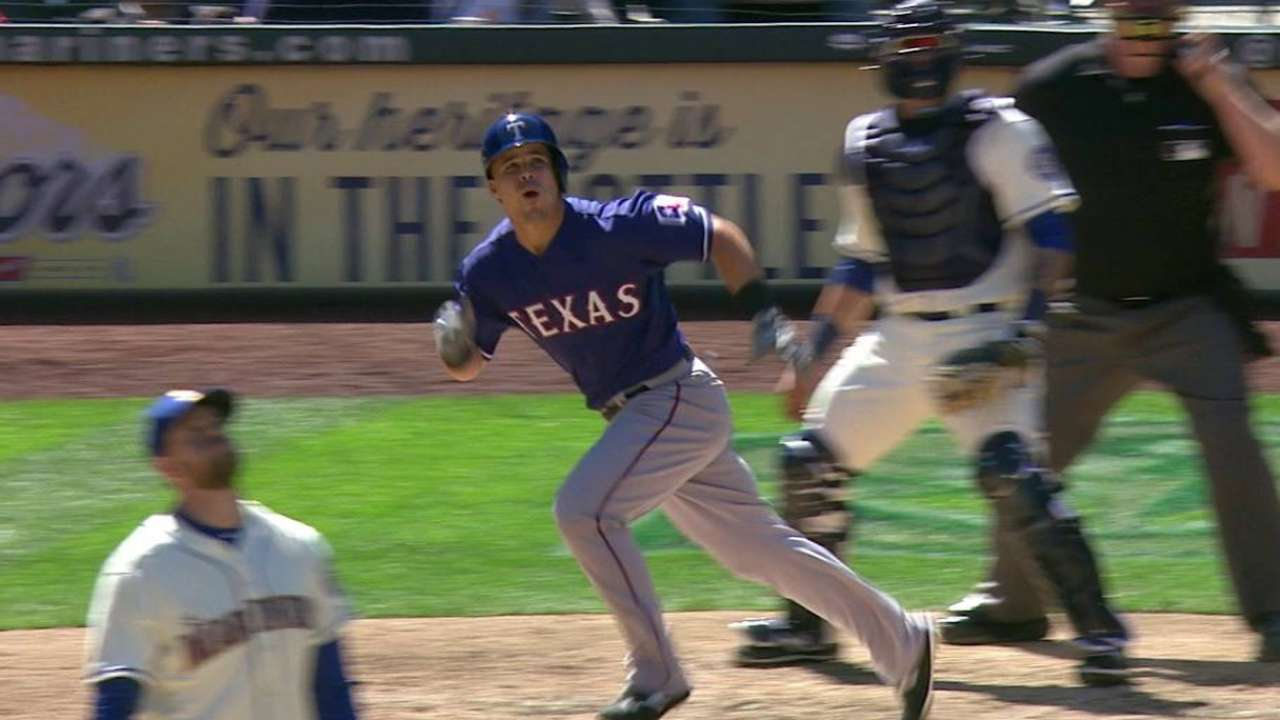 Smolinski's two-run homer
