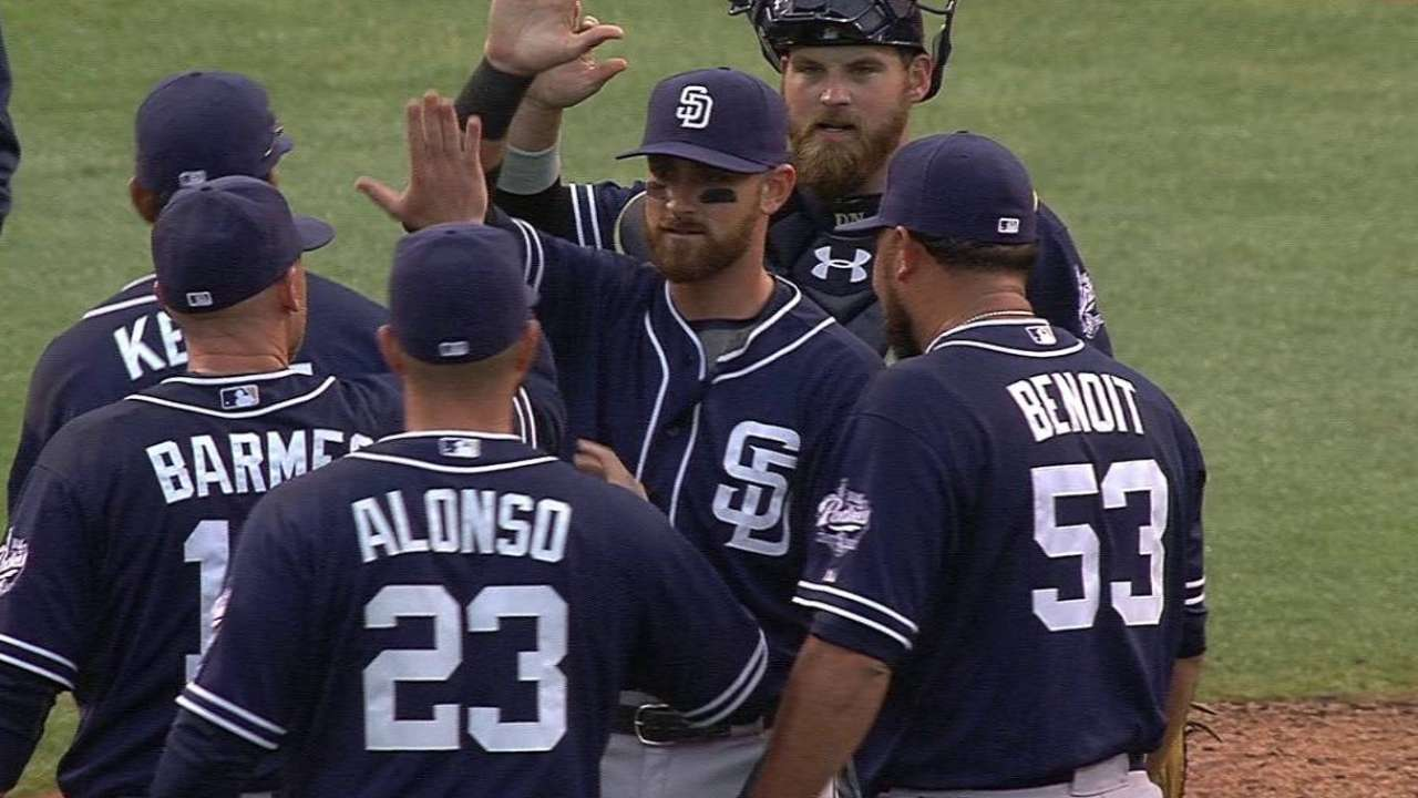 Different bullpen mix locks down Padres win
