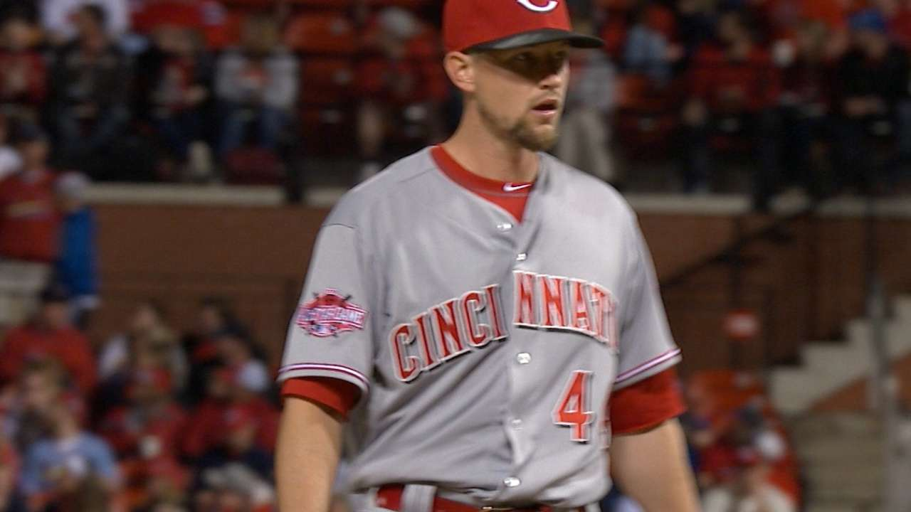 Leake cruises in between two costly mistakes