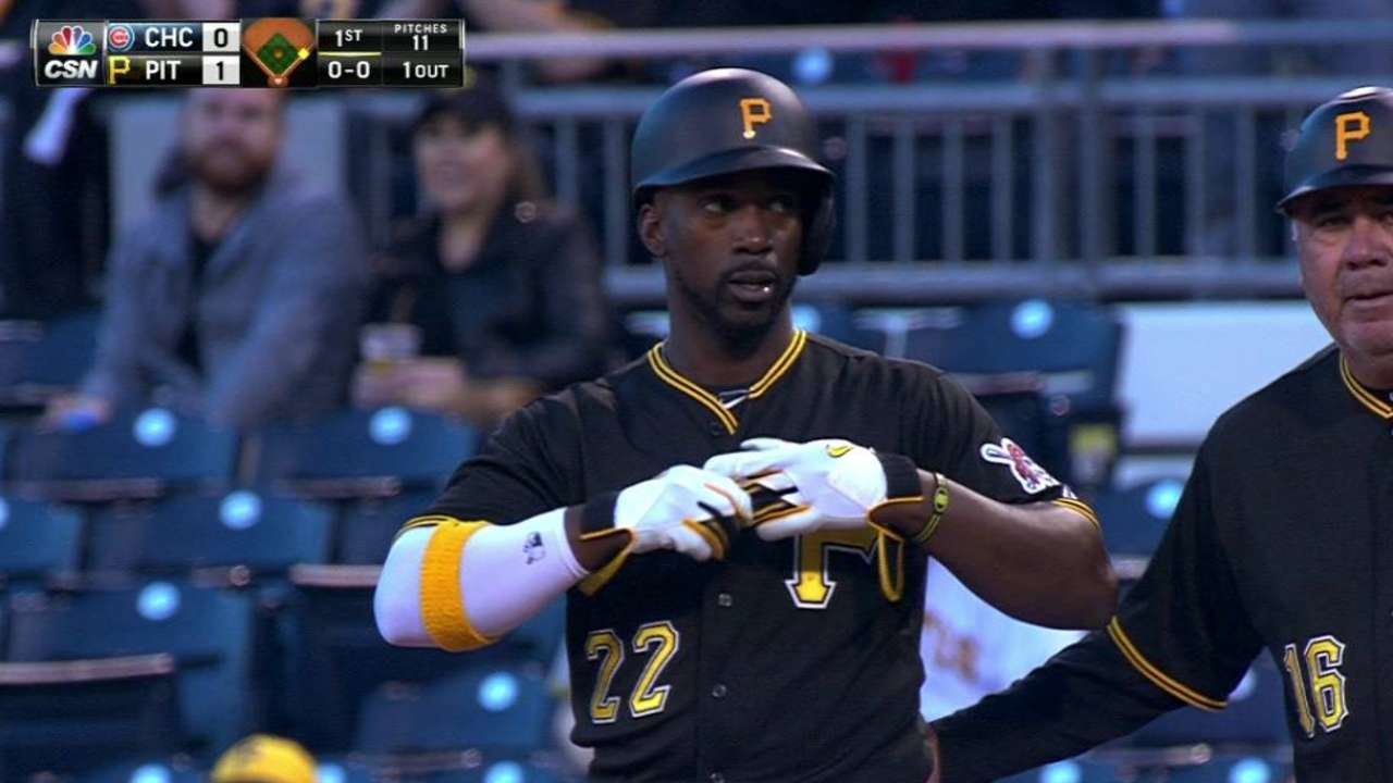 Pirates struggle with bats in loss to Cubs