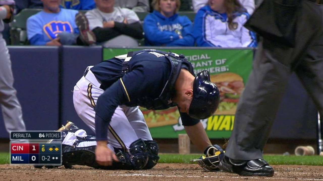 Brewers send Lucroy to DL with fractured toe