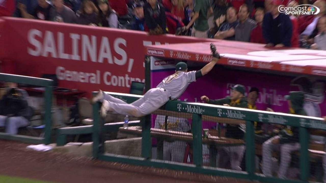 Davis' amazing catch