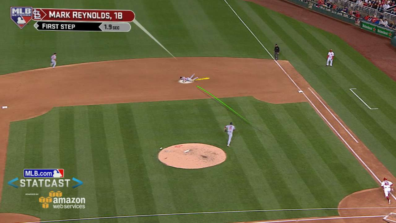 Reynolds makes diving catch
