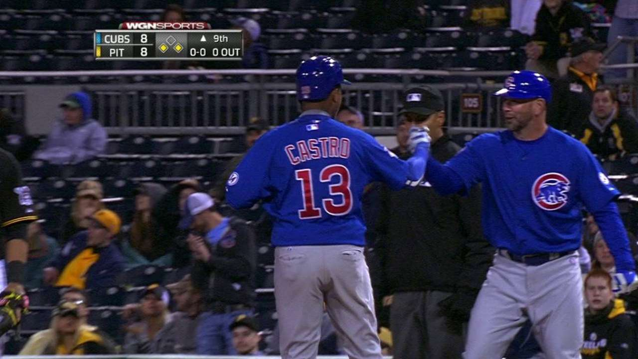 Castro displays Cubs' no-quit attitude in win