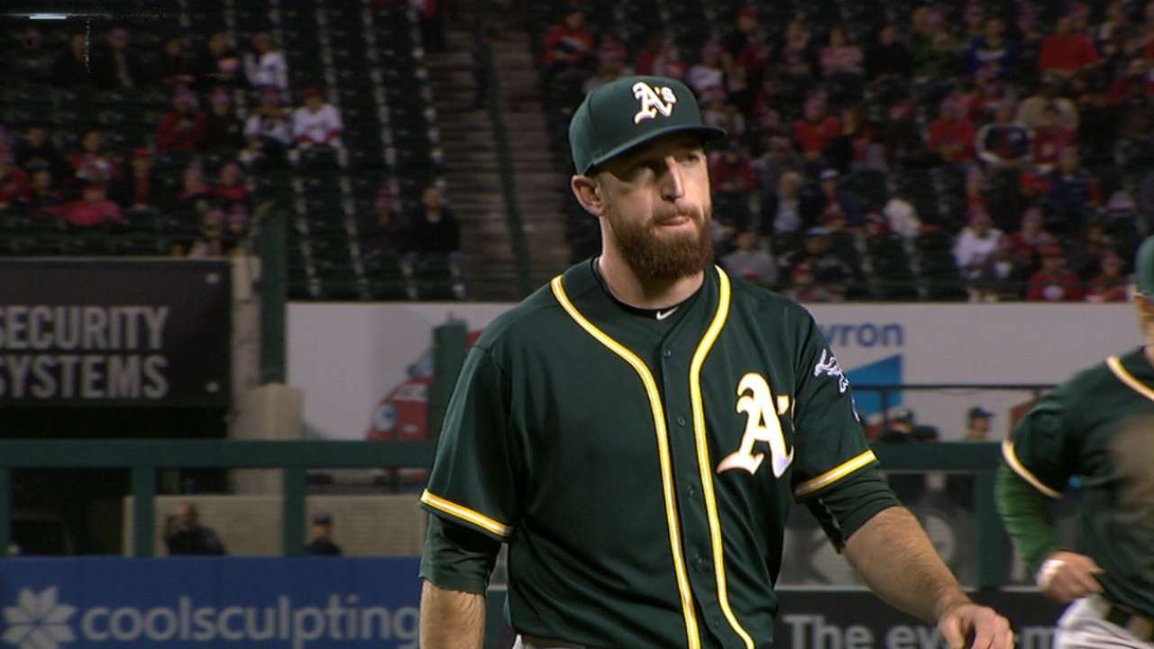 Davis makes pitching debut