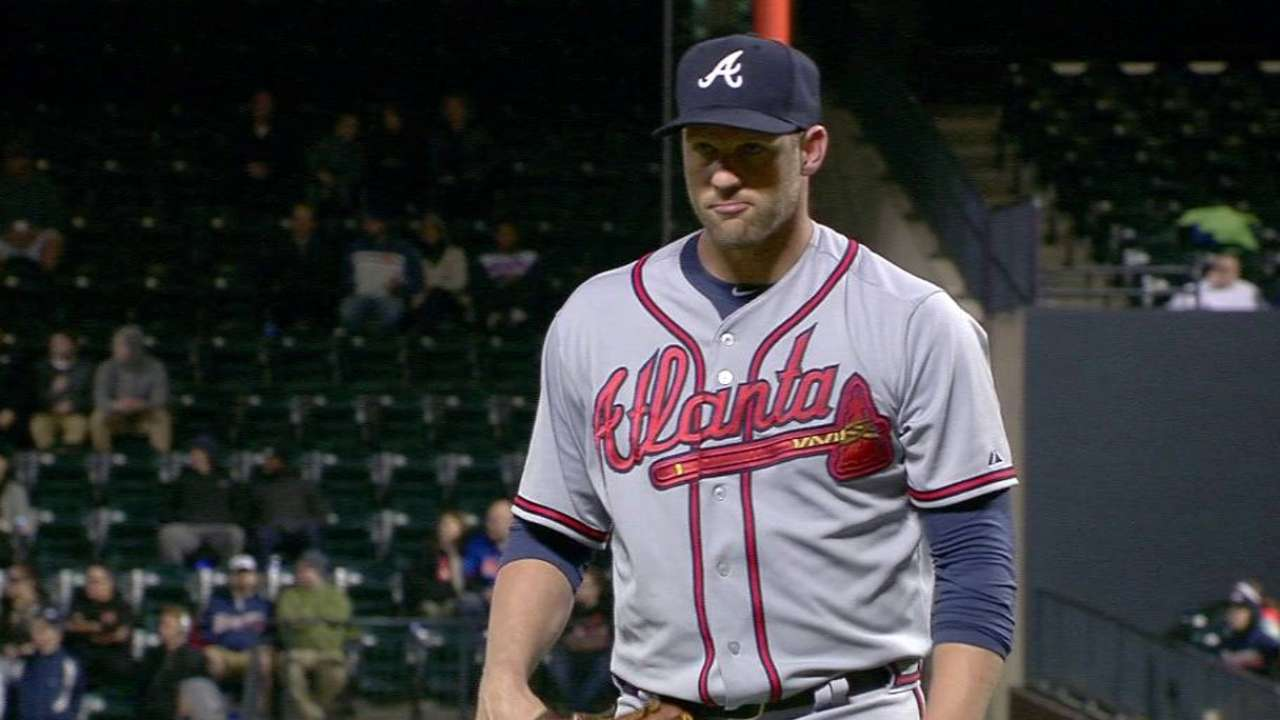 Stults escapes the jam