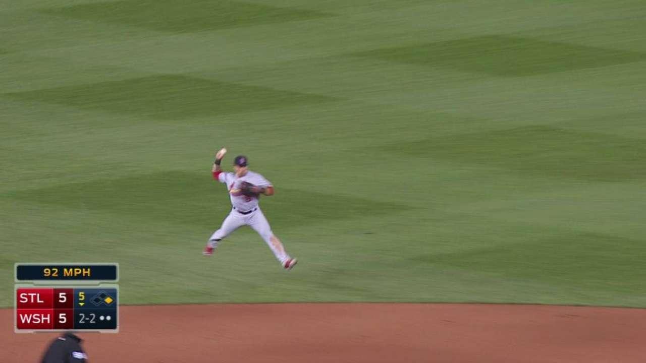 Wong's jumping throw