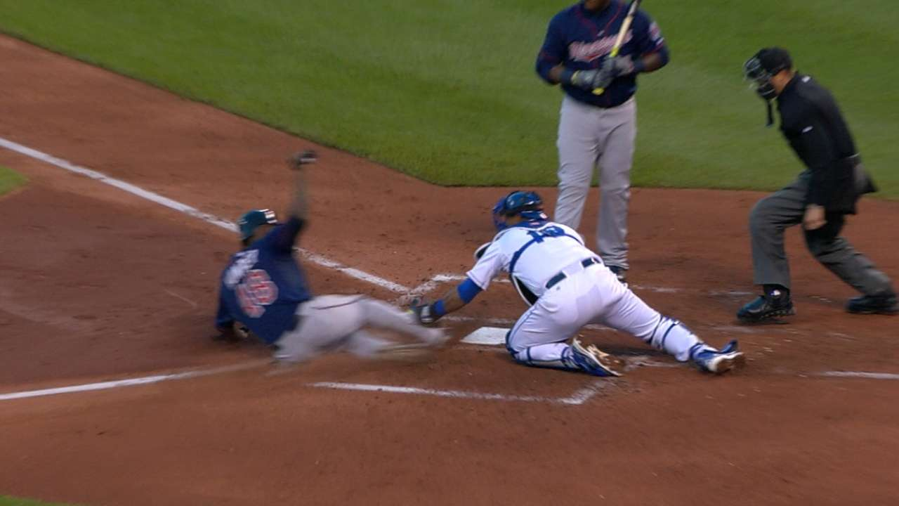Torii nabbed trying to steal home against Royals