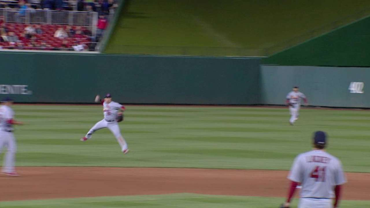 Wong's leaping throw in 6th