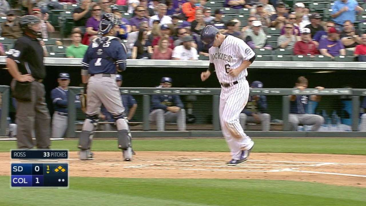 Descalso's bases-loaded walk