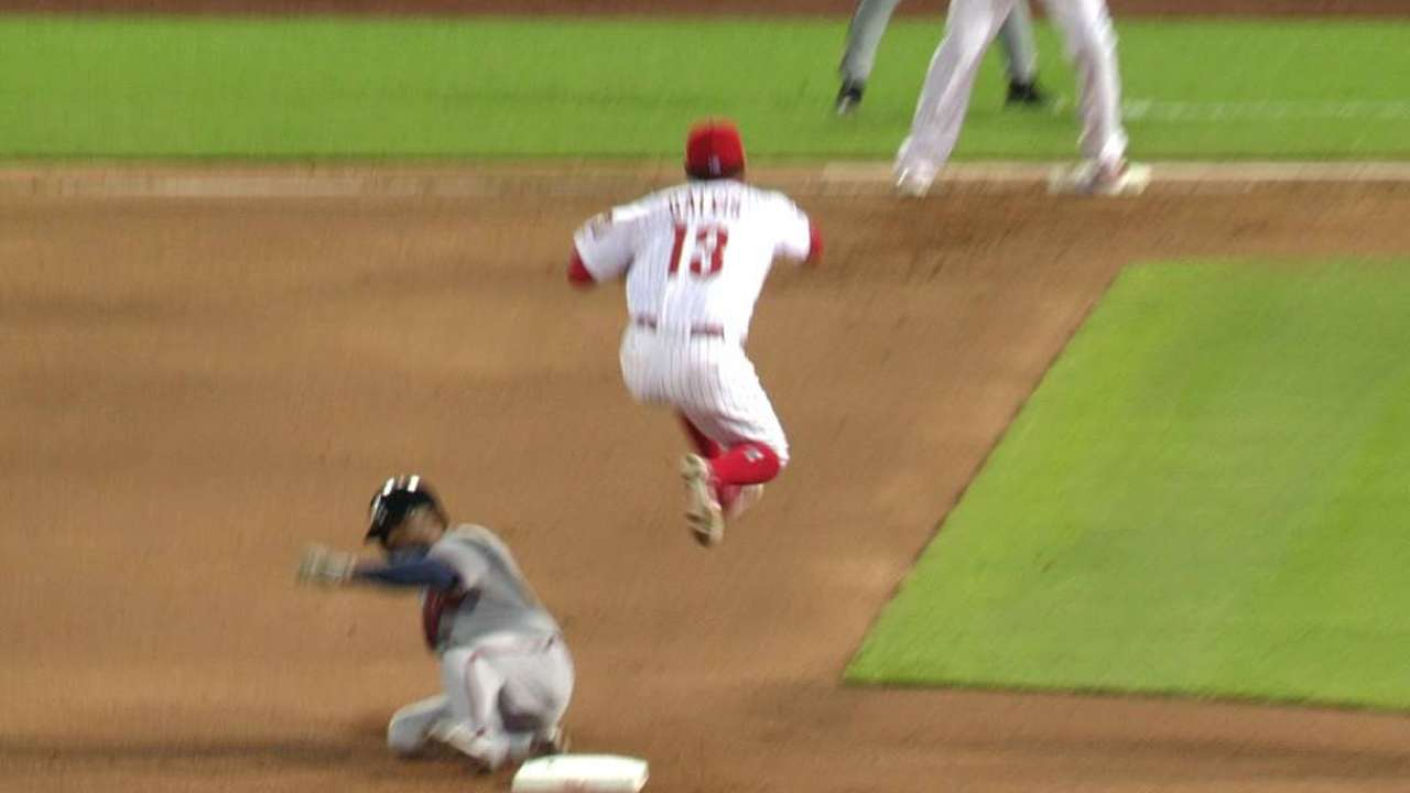 Galvis' slick double play