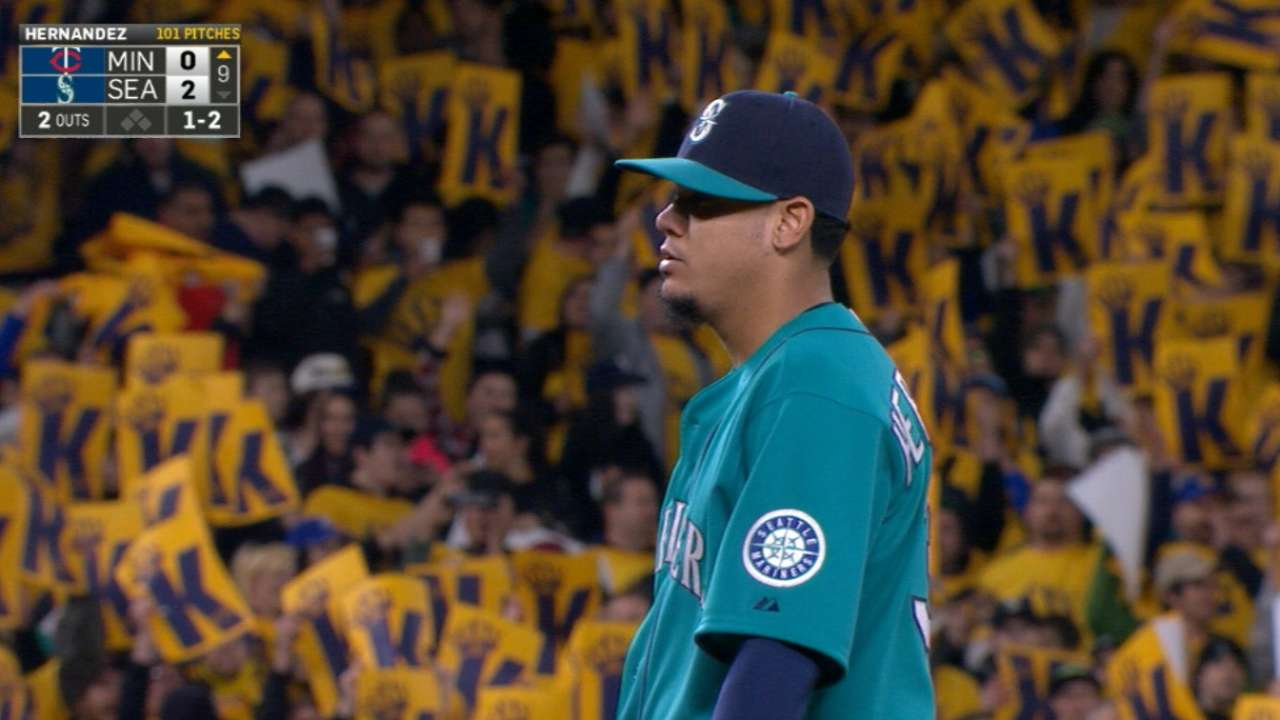Felix stays on fire with first shutout since 2012