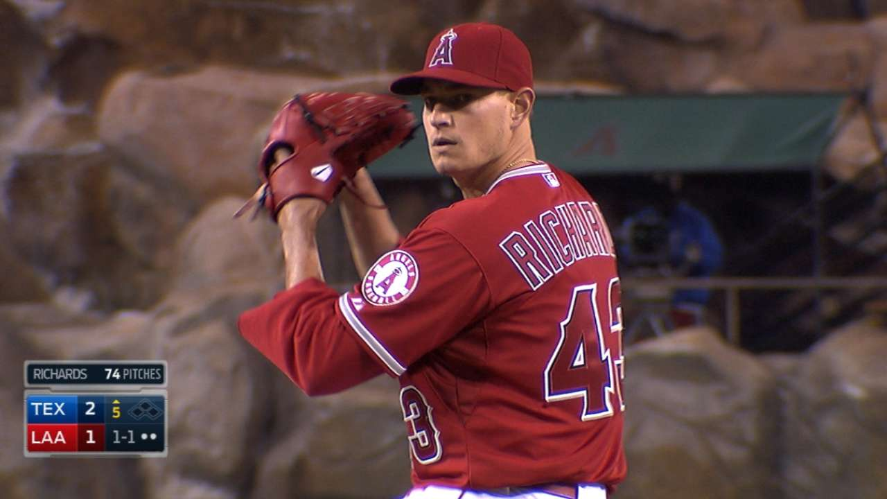 Richards' strong outing