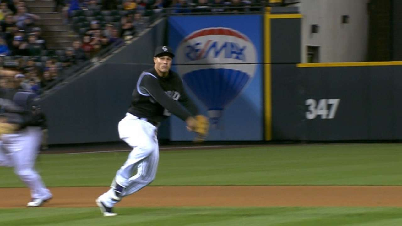 Arenado flashes leather in victory over Giants