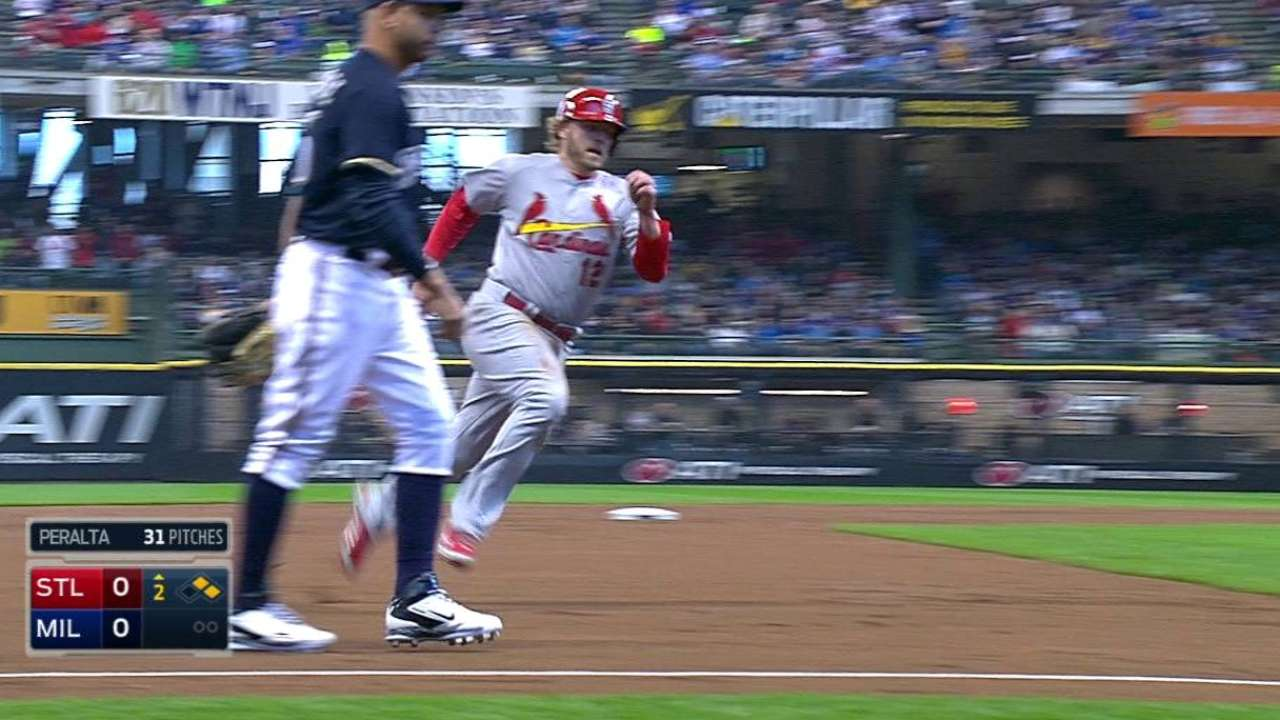 Cardinals defeat Brewers, lose Wainwright to ankle injury