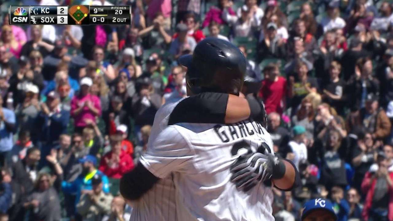 Sox walk off on Garcia's single in suspended game