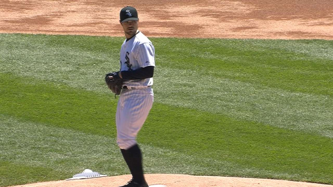 Robertson earns win, save in odd day for reliever