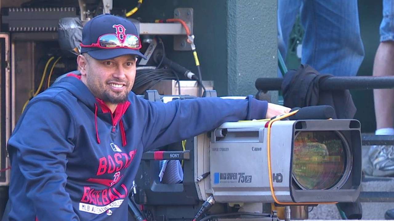 Victorino returns from disabled list
