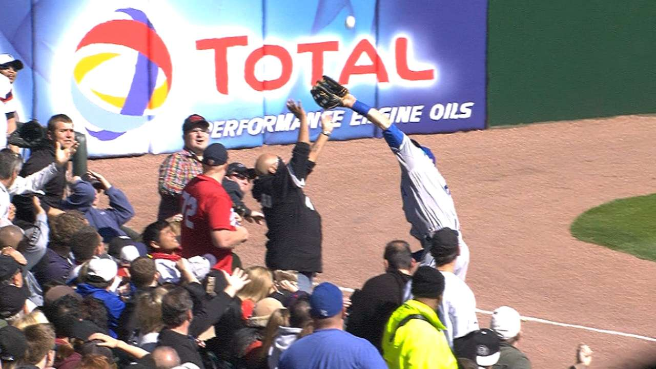 Gordon catapults into crowd for amazing grab