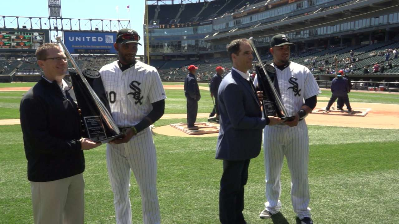 Abreu receives his 2014 Rookie of the Year GIBBY