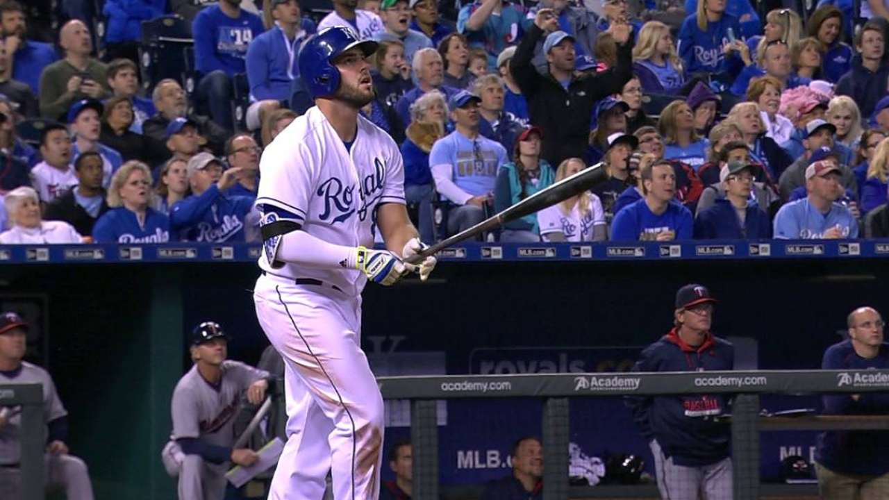 Moustakas, Davis earn Royals' April honors