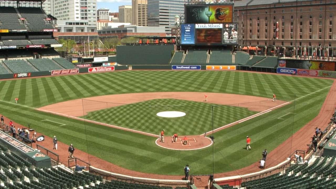 White Sox find unique scene in Baltimore