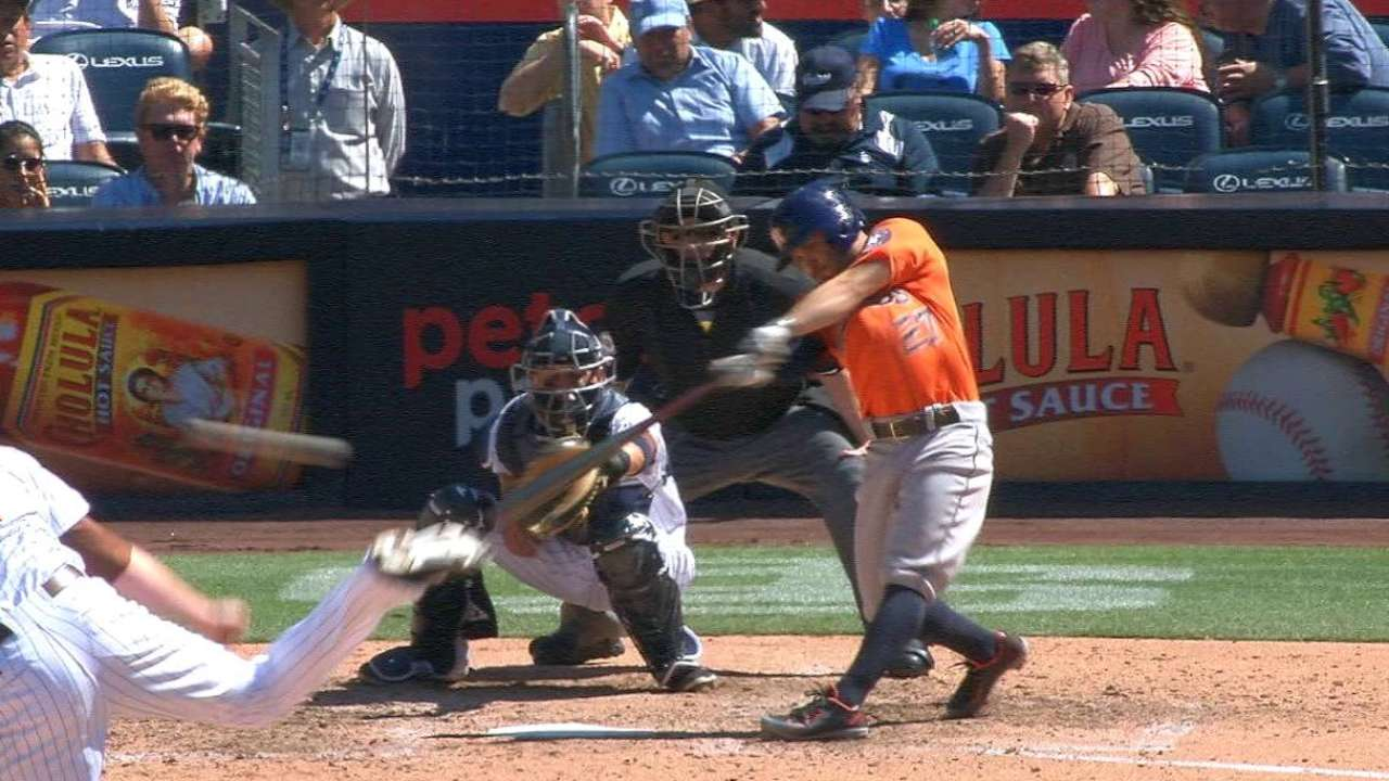 Altuve's RBI double