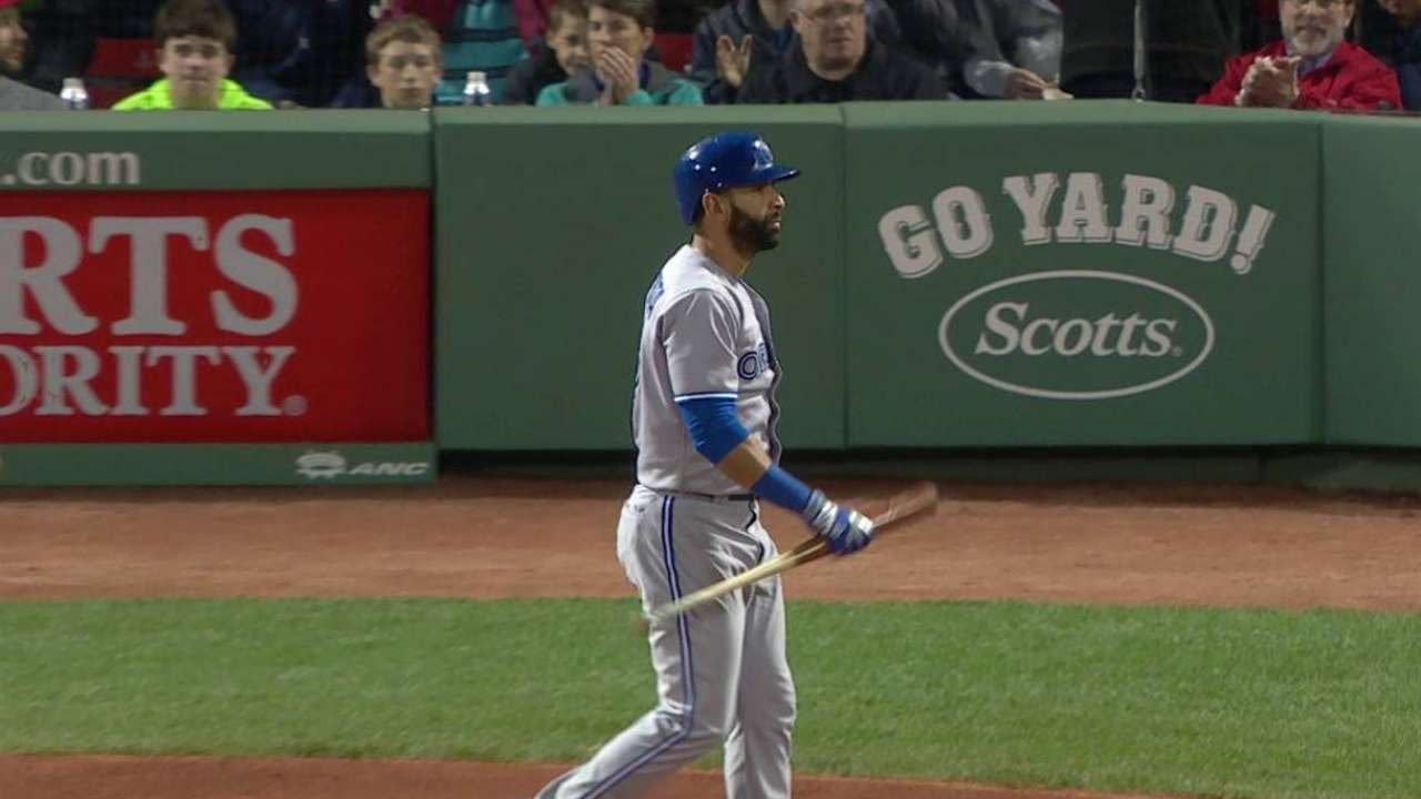 Tazawa gets aggressive, overcomes history with Jays
