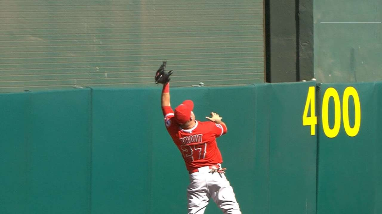 Trout's game-saving catch keeps Angels at .500