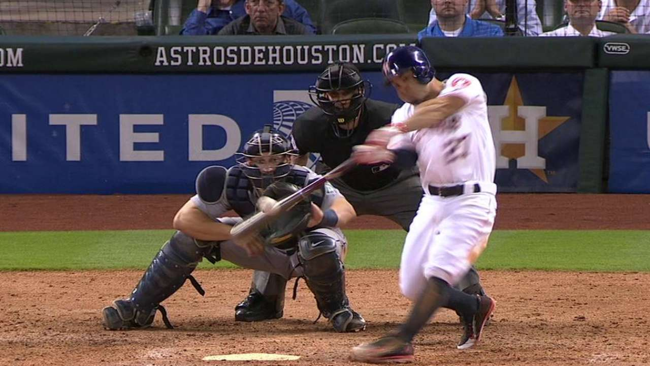 Altuve sets tone with first walk-off of career