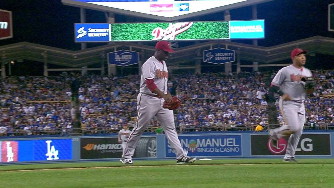 De La Rosa on the ropes in knockout inning