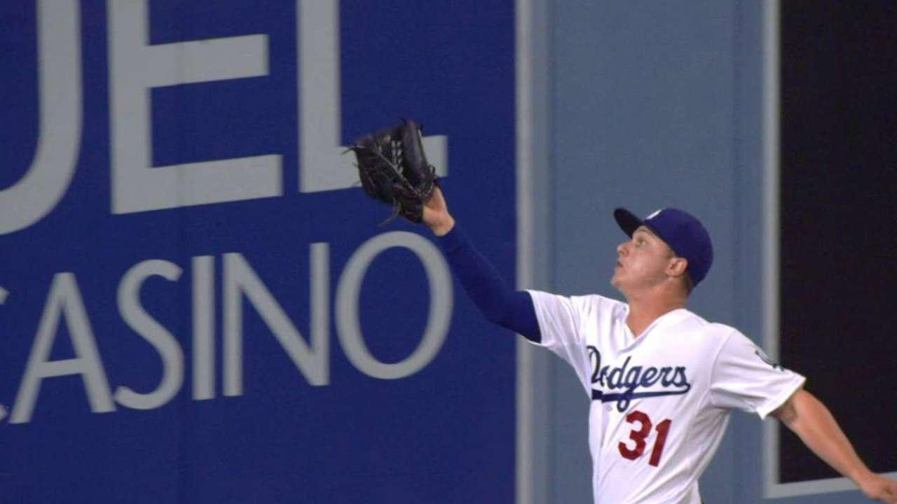 Pederson's great running catch