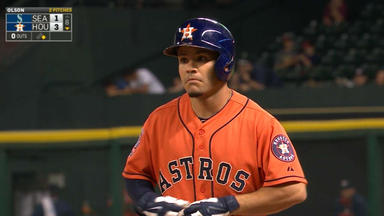 Altuve's 9th straight multi-hit game ties record