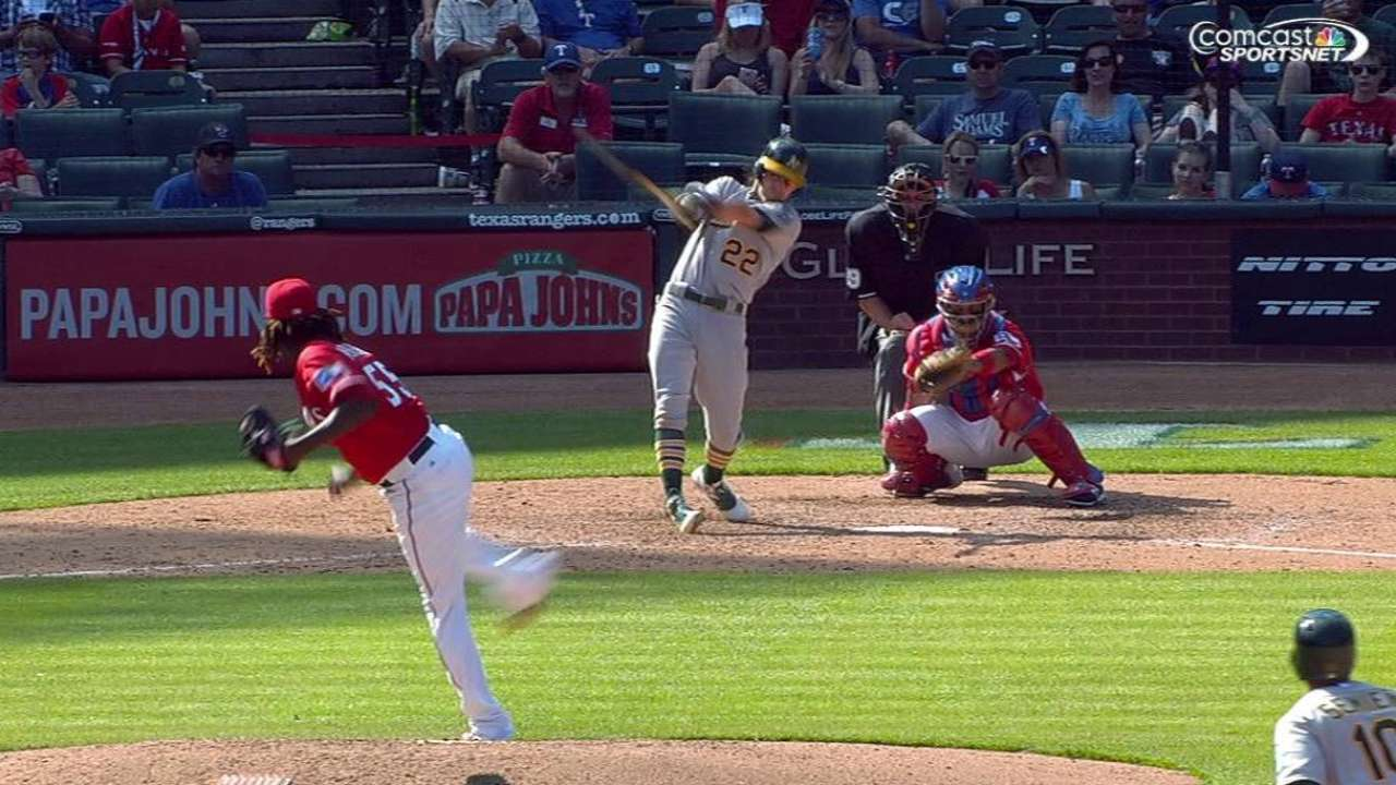 Reddick's two-run homer