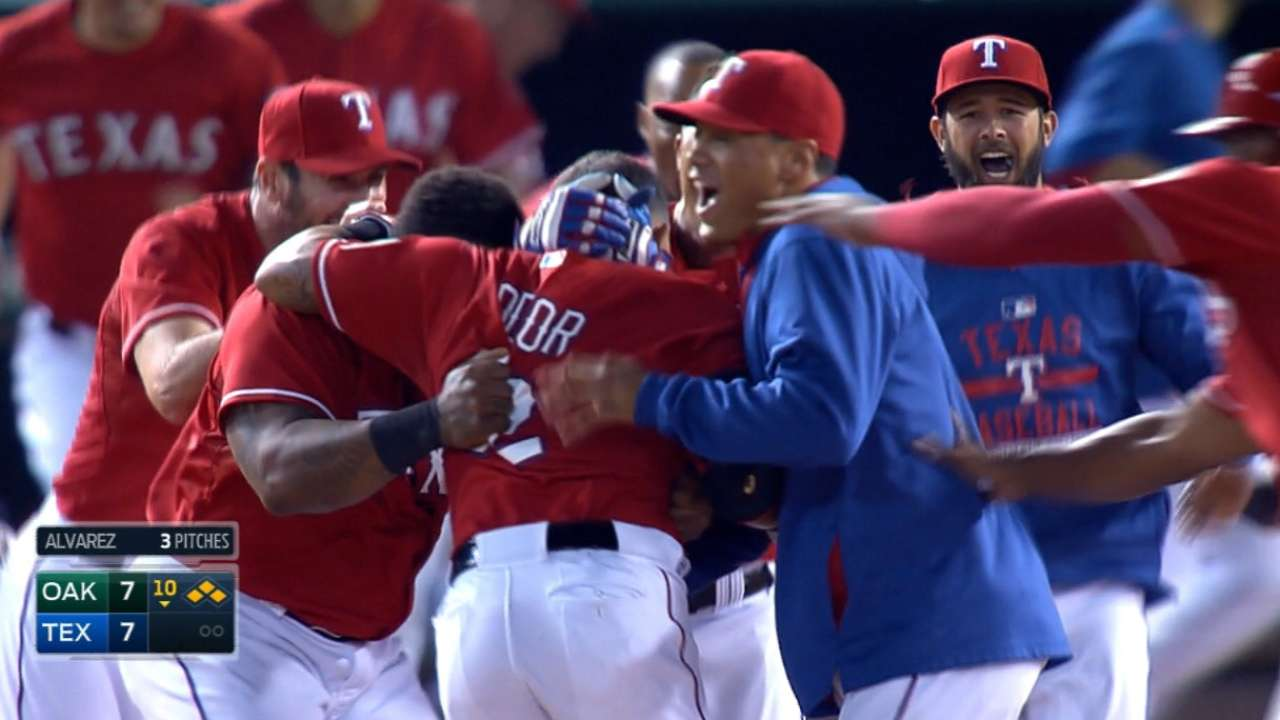 Odor's walk-off single lifts Rangers in 10