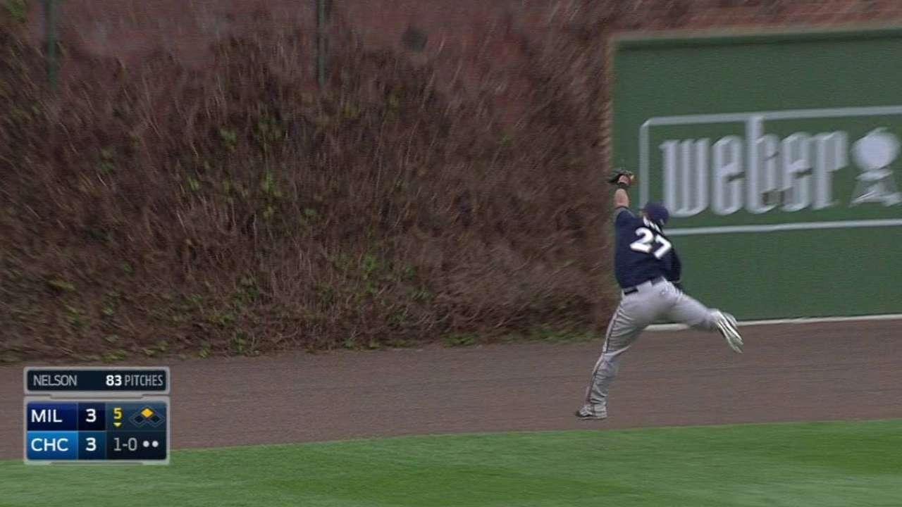 Gomez's running catch