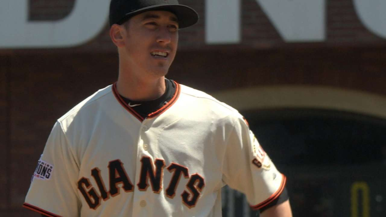 Lincecum, HRs lead Giants to sweep of Halos