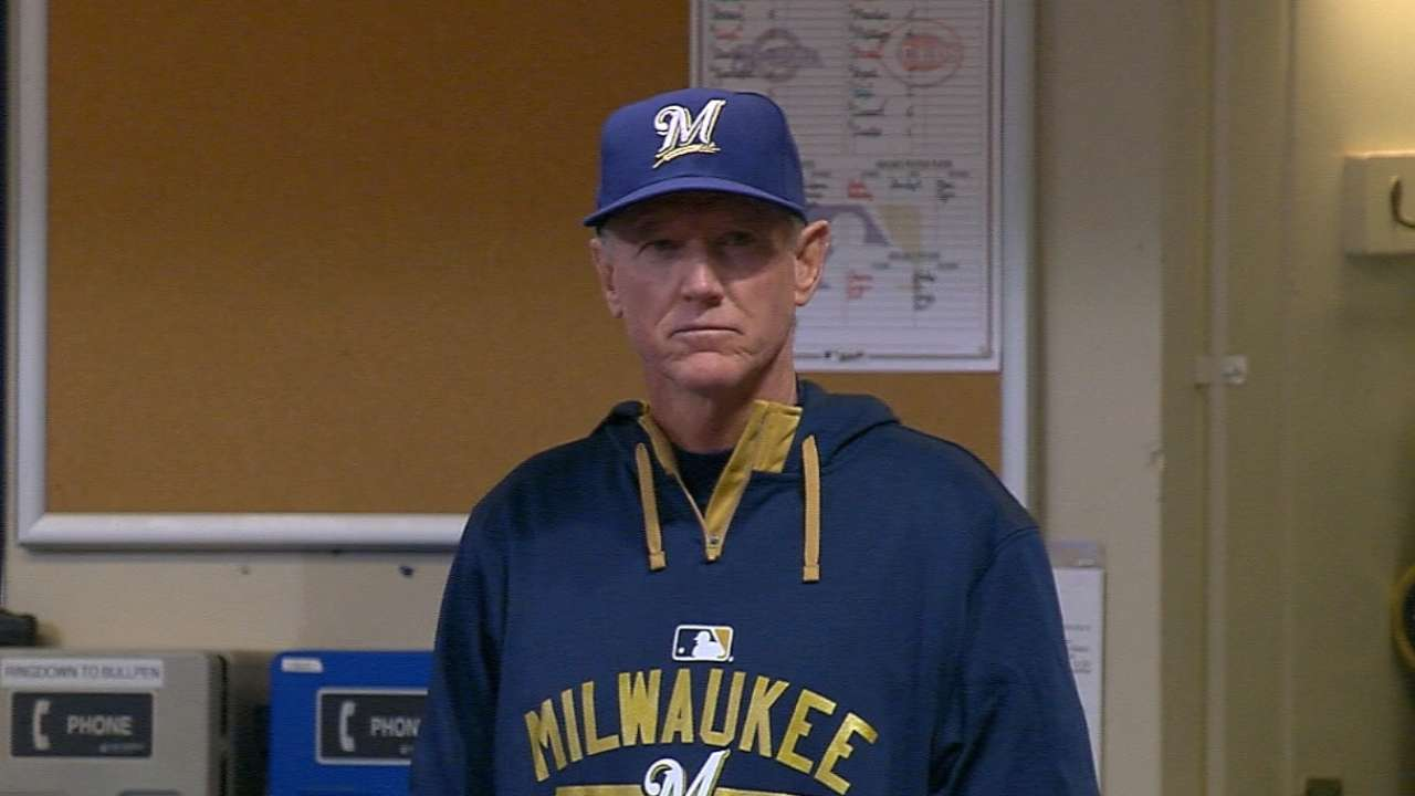Brewers relieve Roenicke of duties