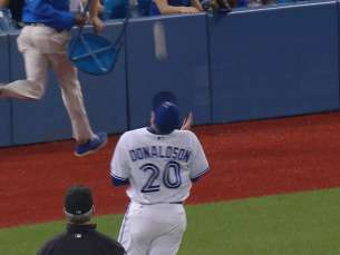 NYY@TOR: Donaldson makes an over-the-shoulder grab