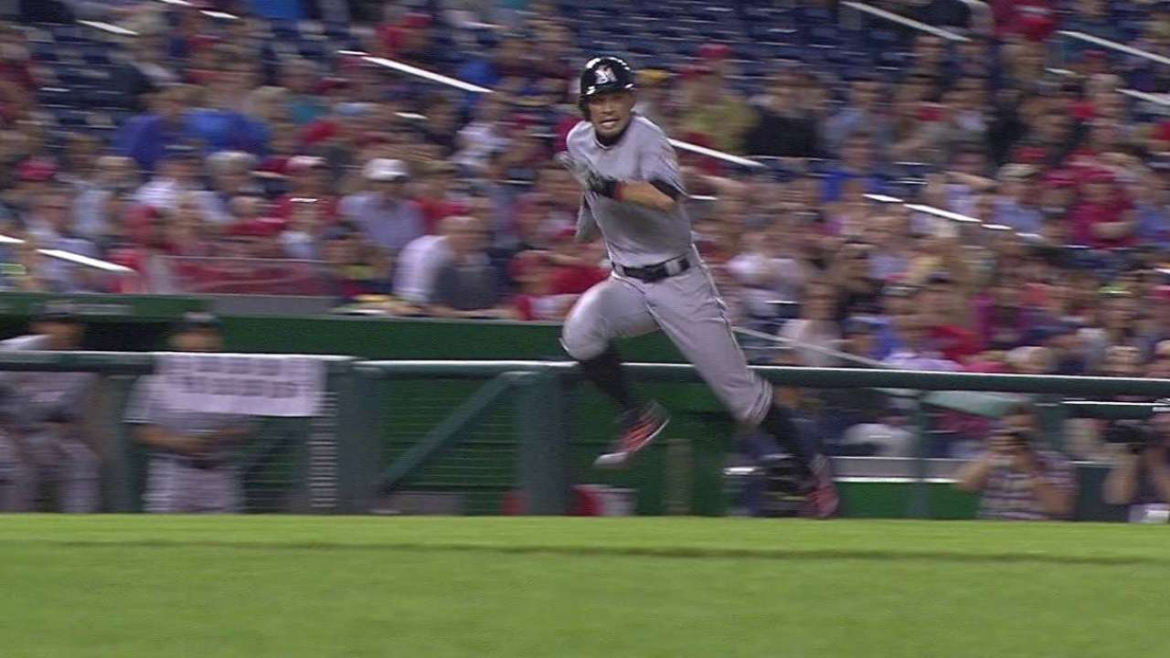 Ichiro scores on error