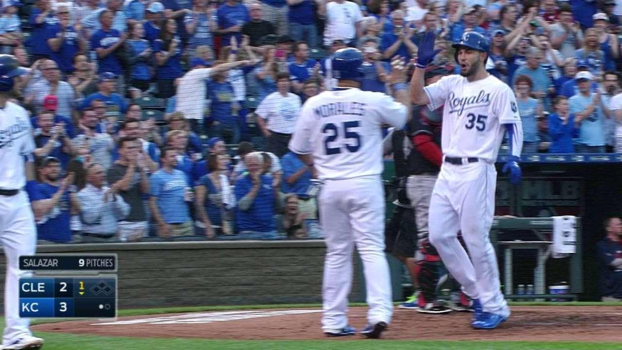 Hosmer's four RBIs push Royals past Indians