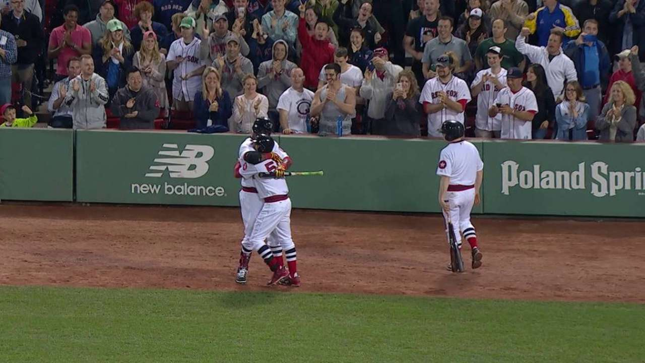 Betts y Medias Rojas acabaron con Rays en Boston