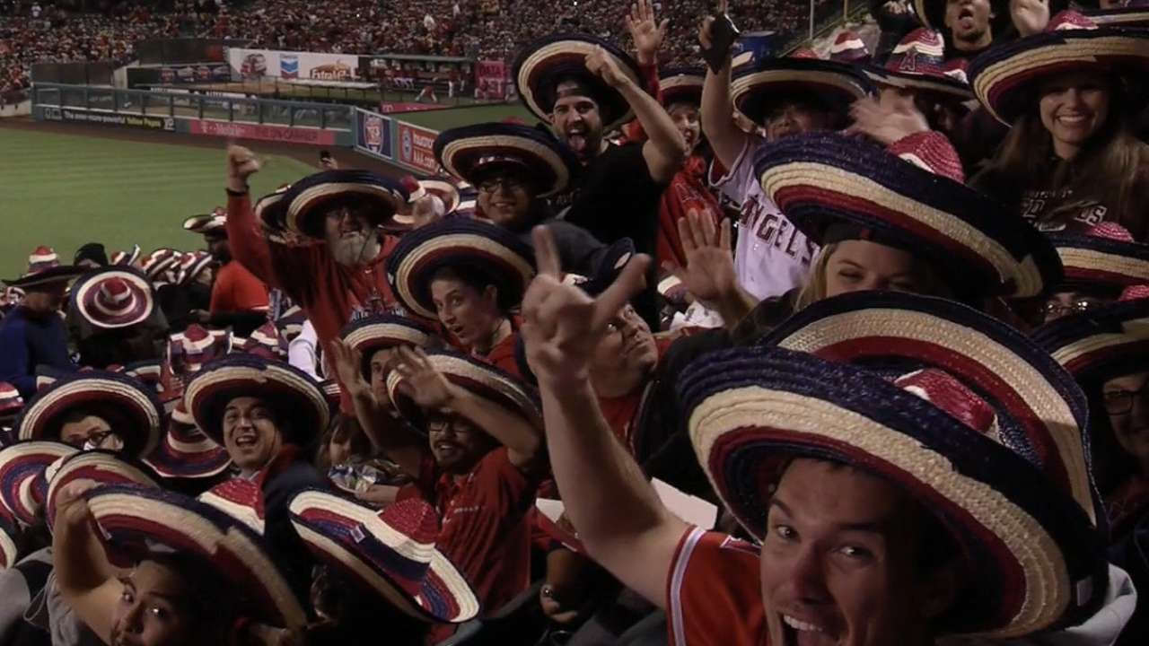 Sombrero record set by fans