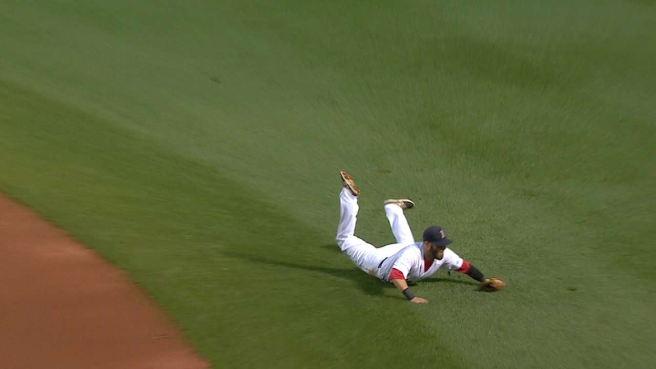 Pedroia's fantastic play
