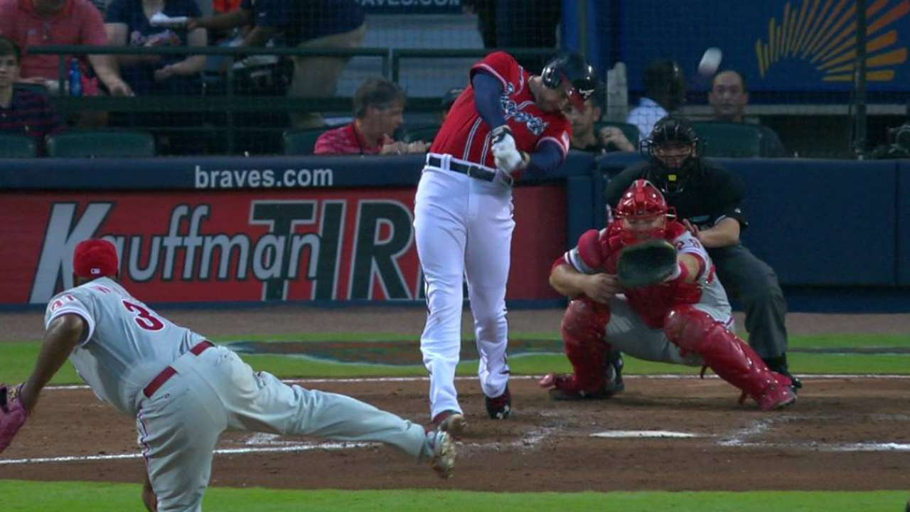 Freeman's RBI double